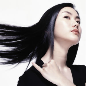 美髪と頭の臭い対策には、朝シャンよりもドライシャンプーがおすすめ