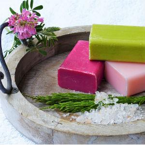 加齢臭が気になる女性が抑えておきたい石鹸選びのポイント